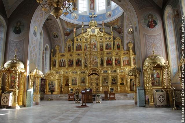 Спасский собор. Интерьер